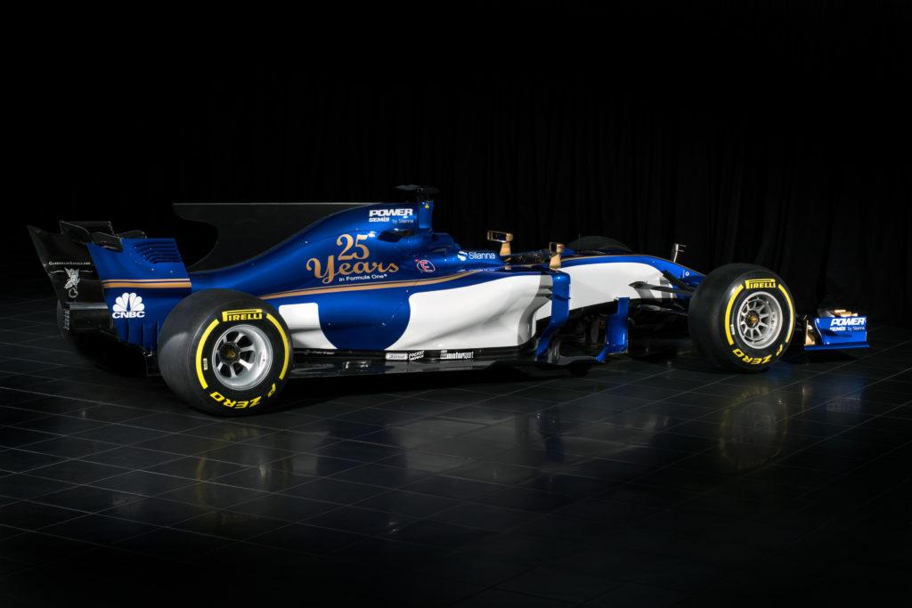 F1-2017_Sauber-C36_rear-side